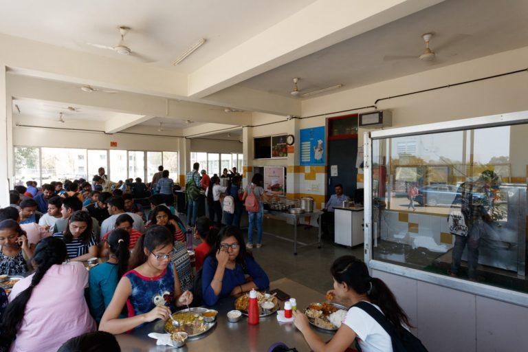 Canteen Indus University (2)