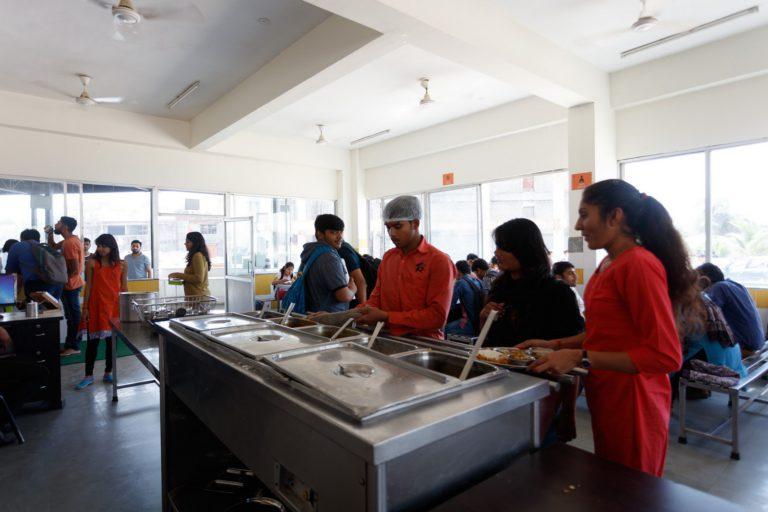 Canteen Indus University (3)