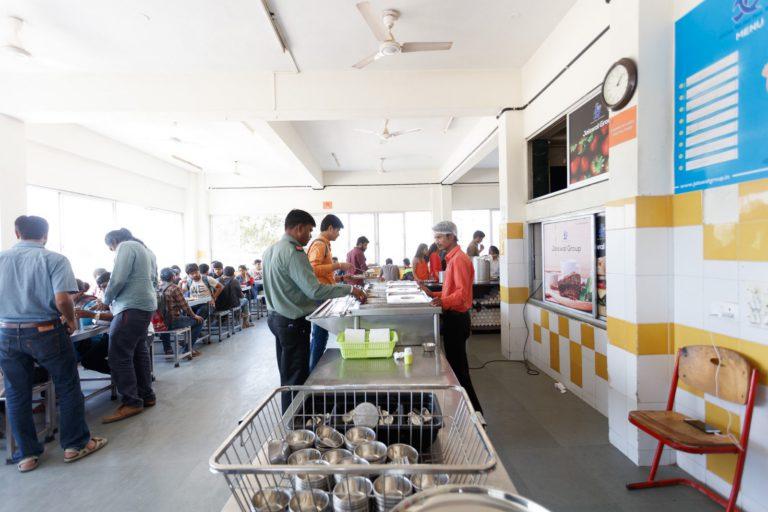 Canteen Indus University (7)
