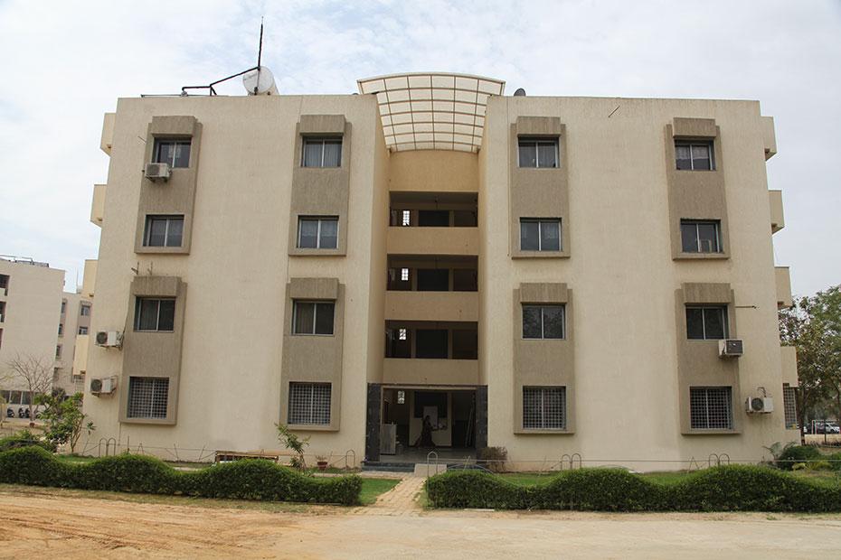 best campus life colleges in gujarat