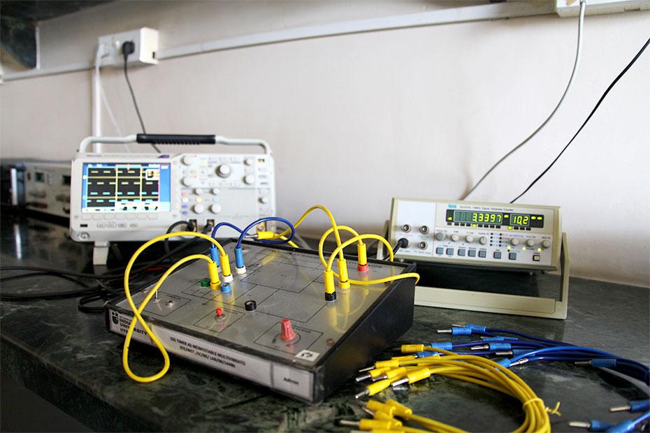 Analog-Electronics-05