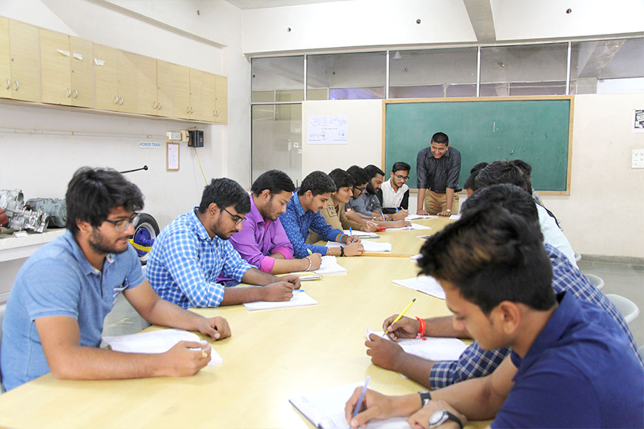 Automobile Engineering Colleges in Ahmedabad