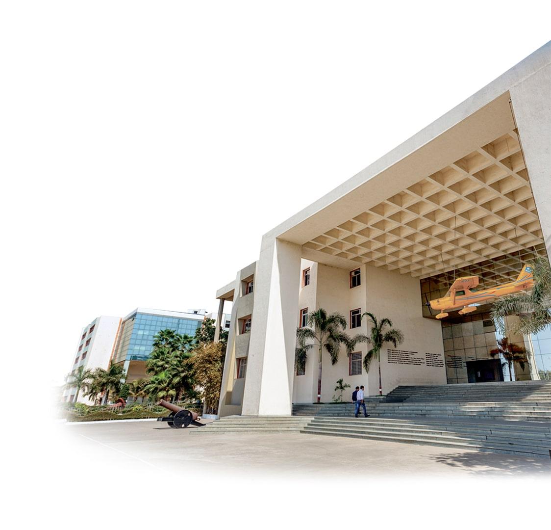 top 10 university in gujarat