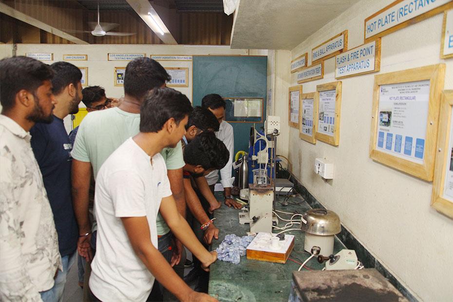 Bitumen-Testing-Laboratory-7