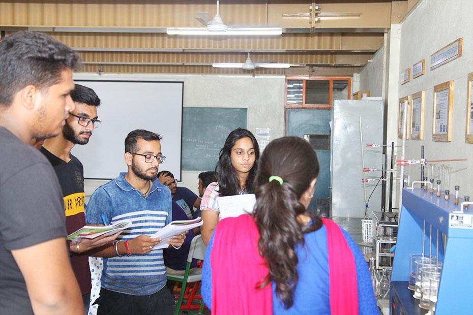 Environmental-Engineering-Laboratory-13