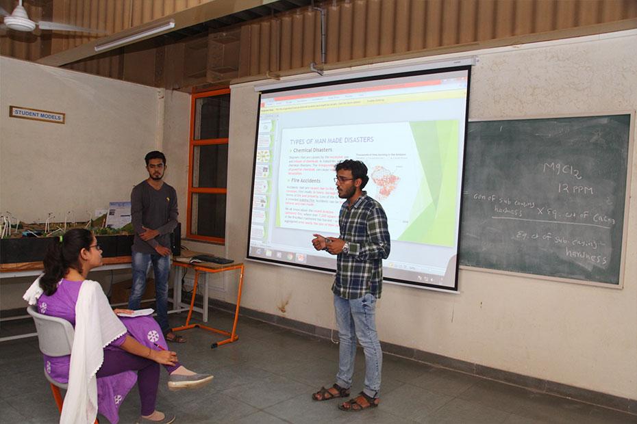 Environmental-Engineering-Laboratory-20