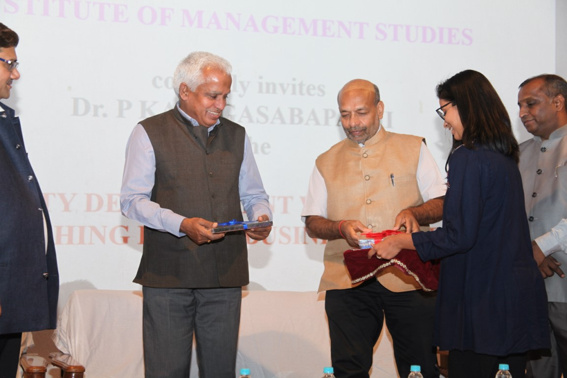 Dr. P. Kanagasabapathi at Indus University (8)