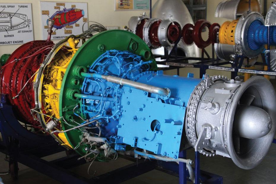 indus-university-jet-engine-shop-02